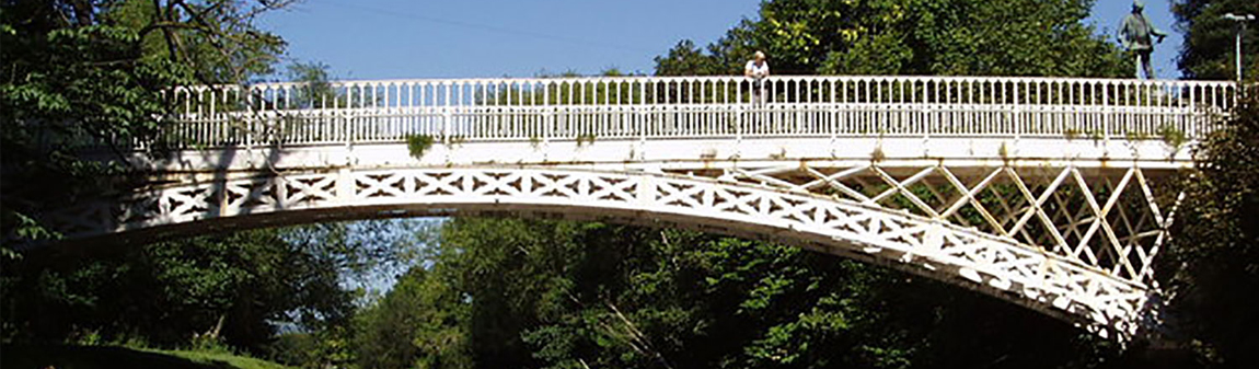 Llandinam Bridge over the River Severn